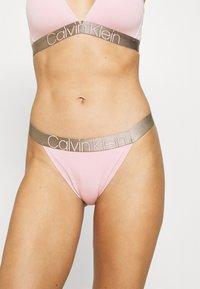 Calvin Klein Underwear - HIGH LEG - Underbukse - echo pink - 0