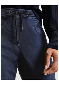 Taifun - IM JOGSTYLE LOUNGE PANTS - Relaxed fit jeans - blue denim - 2
