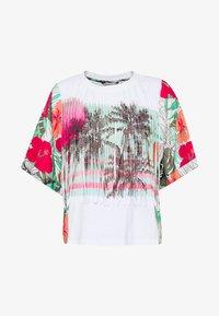 Desigual - HONOLULU - T-shirt z nadrukiem - blanco - 3