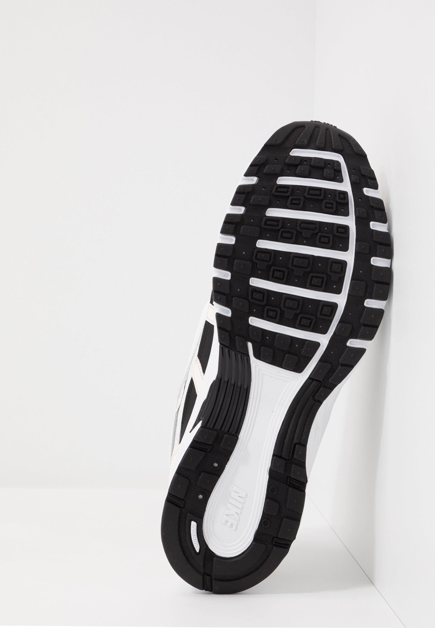 Nike Sportswear P-6000 - Sneaker low - sail/white/wolf grey/metallic silver/black/weiß - Herrenschuhe Ekhne