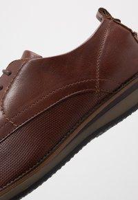 Madden by Steve Madden - HAMISS - Šněrovací boty - cognac - 5