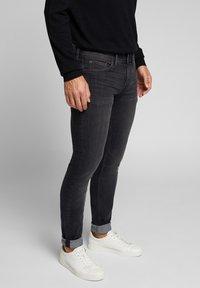Esprit - Slim fit jeans - grey medium washed - 0
