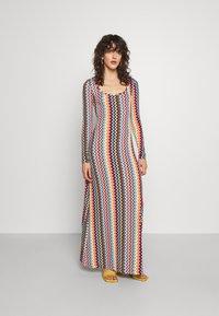 M Missoni - Denní šaty - multicolor - 0
