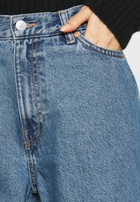 Weekday - RAIL  - Relaxed fit jeans - wash 90's blue - 3