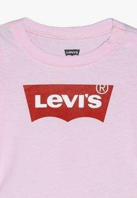 Levi's® - BATWING - Langarmshirt - pink lady - 3