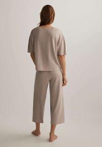 OYSHO - Pyjama bottoms - beige - 2