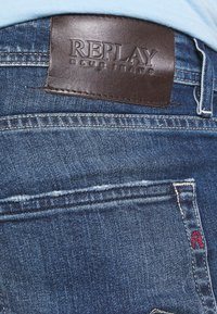 Replay - GROVER - Straight leg jeans - medium blue - 4
