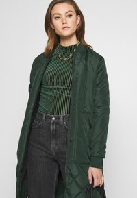 Monki - PIRA - Long sleeved top - green from last year - 3