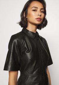 Object Petite - OBJPRIA L DRESS  - Denní šaty - black - 5