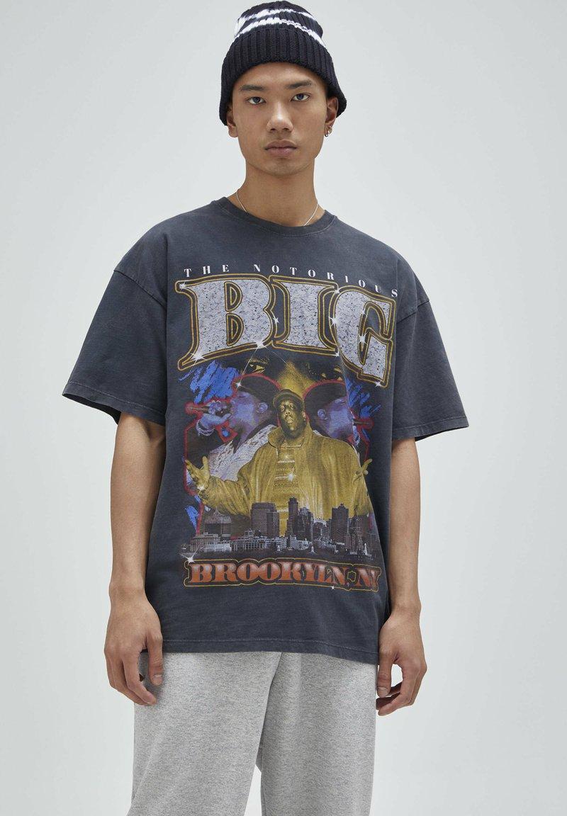 PULL&BEAR - T-shirt con stampa - black