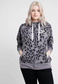 Nike Sportswear - GYM PLUS - Cardigan - grey/anthracite - 0