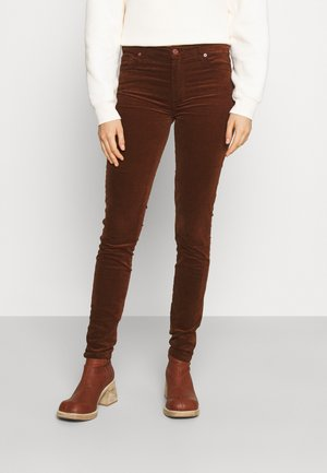 Vaqueros tapered - brown