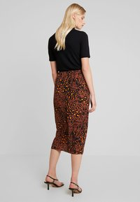 Whistles - BRUSHED LEOPARD SARONG SKIRT - Pouzdrová sukně - brown/multi - 2