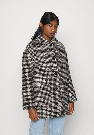 KIAN COAT - Short coat - check
