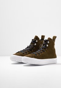 Converse - CHUCK TAYLOR ALL STAR HIKER FINAL FRONTIER - High-top trainers - surplus olive/white/black - 4
