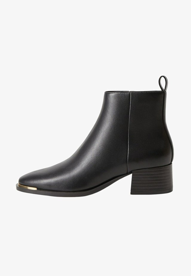 MINUTE - Ankle boots - schwarz