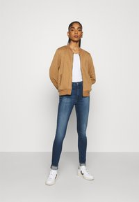 Tommy Jeans - SYLVIA SUPER  - Jeans Skinny - blue - 1