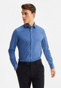 WE Fashion - Shirt - blue/grey - 0