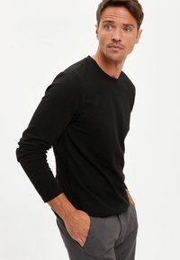 DeFacto - MAN - Jumper - black - 3