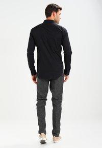 Casual Friday - Shirt - black - 2