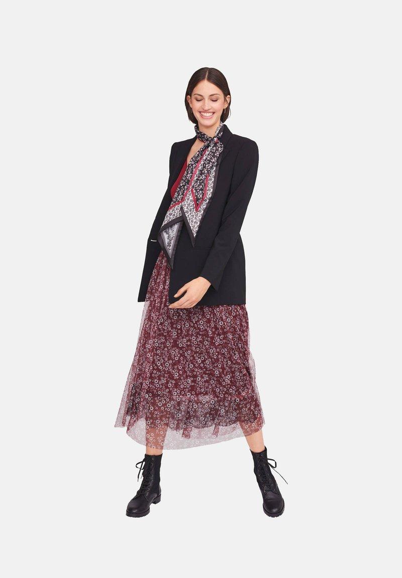 RIANI - Short coat - schwarz (15)