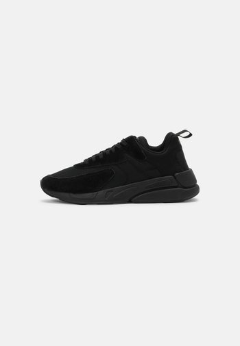 S-SERENDIPITY - Trainers - black