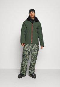 J.LINDEBERG - TRUULISKI - Lyžařská bunda - thyme green - 1