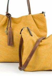 Emily & Noah - ELKE - Shopping bag - yellow - 4