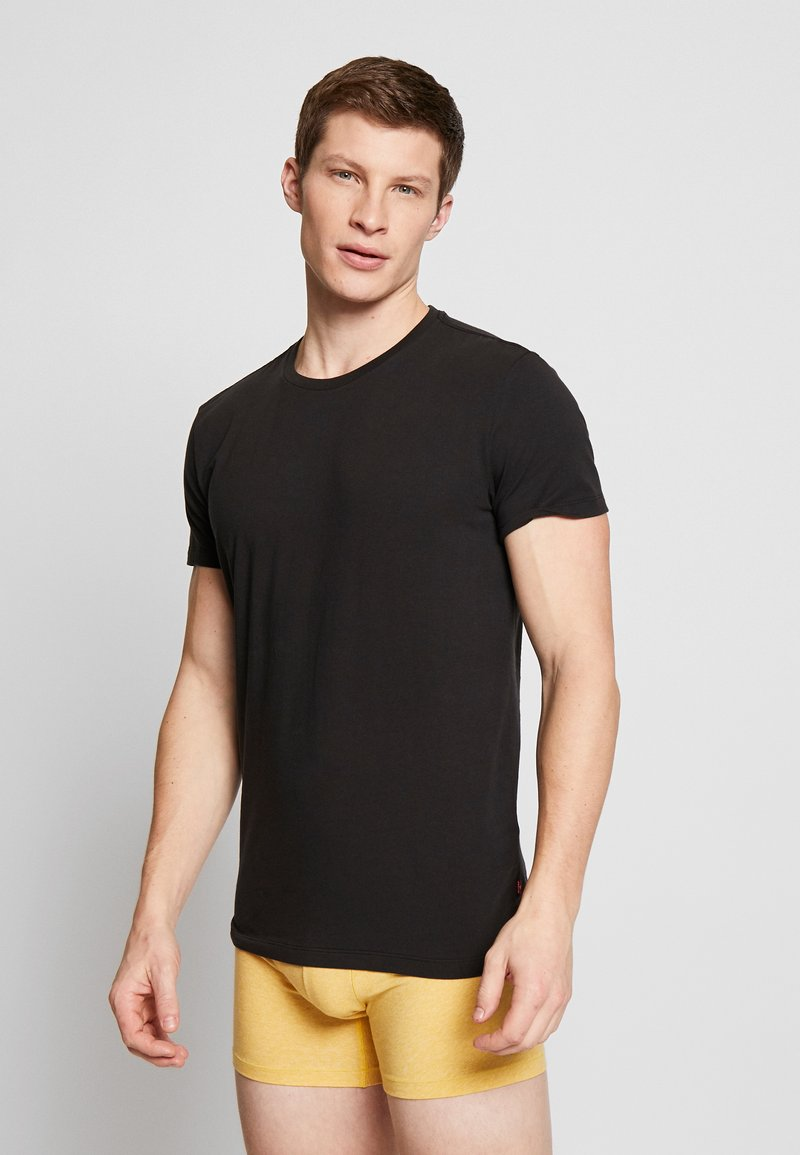 Levi's® - SOLID CREW 2 PACK - Unterhemd/-shirt - jet black