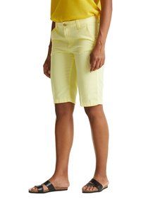 Esprit - Shorts - lime yellow - 3