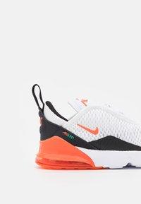 Nike Sportswear - AIR MAX 270 BT  - Sneakers basse - white/turf orange/stadium green/black - 5