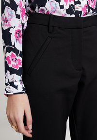 Fiveunits - ANGELIE - Trousers - black - 5