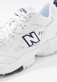 New Balance - MX608 - Sneakers laag - white - 5