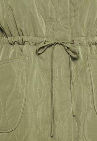 YAS - YASWENNA QUILTED  - Short coat - khaki - 8