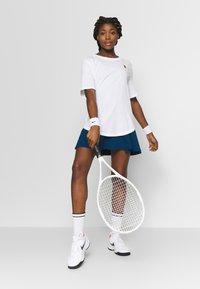 Nike Performance - TEE COURT - Basic T-shirt - white - 1