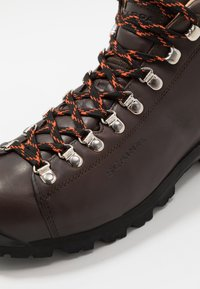 Scarpa - PRIMITIVE UNISEX - Hiking shoes - brown - 6