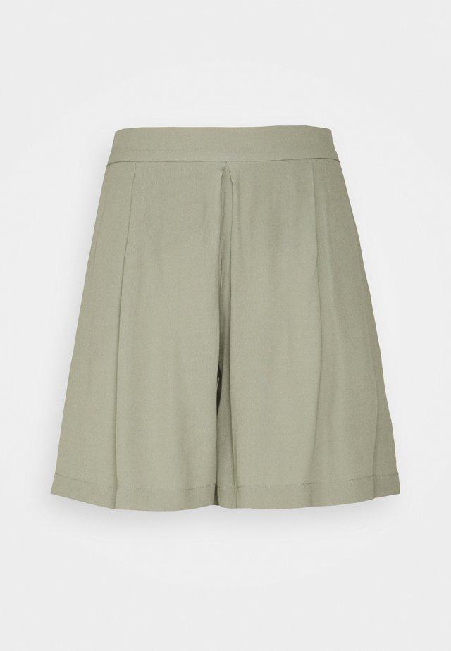 LILLI DAPHNE - Shorts - seagrass