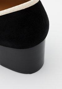 Tory Burch - JESSA - Klasické lodičky - perfect black/pink moon/new ivory - 4