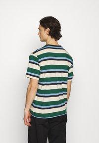 Mennace - CLUB HORIZONTAL STRIPE UNISEX - Print T-shirt - multi - 2