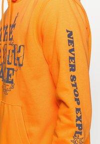 The North Face - HIMALAYAN BOTTLE SOURCE HOODIE - Hættetrøjer - orange - 4