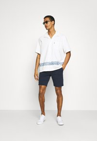 Levi's® Made & Crafted - RELAXED CAMP - Overhemd - white - 1