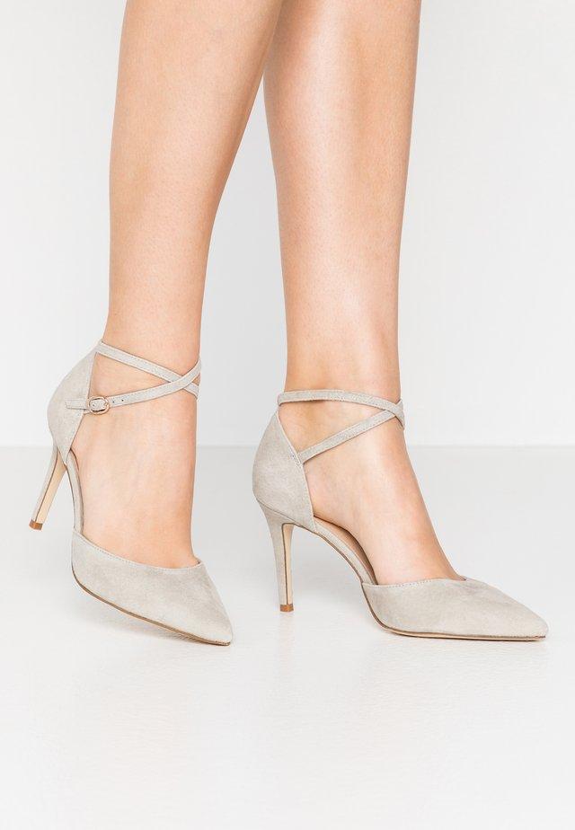 LEATHER PUMPS - High heels - grey