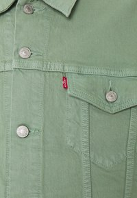 Levi's® - THE TRUCKER JACKET - Veste en jean - greens - 2