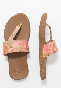 Reef - CUSHION BOUNCE SOL  - Sandály s odděleným palcem - light pink - 2