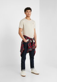 Polo Ralph Lauren - T-shirt basic - expedition dune - 1