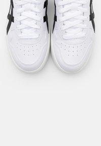 ASICS SportStyle - JAPAN  - Baskets basses - white/black - 7