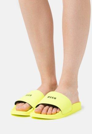 SLIDES - Sandalias planas - neon yellow