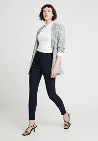 Fiveunits - ANGELIE - Trousers - navy - 1