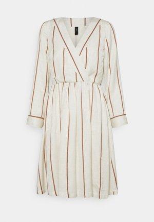 YASTRIMLA DRESS ICON - Day dress - tapioca