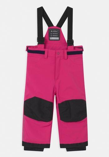 Snow pants - neon pink